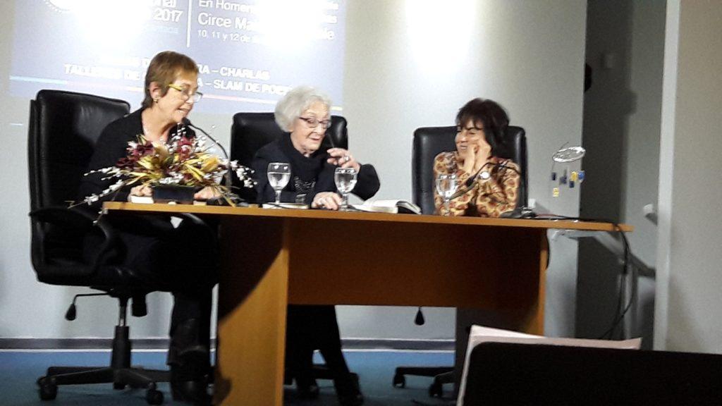 Cristina Callorda, Ida Vitale y Celeste Verges en la 12a. Feria del Libro de San José, Uruguay