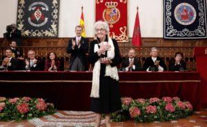 Poeta uruguaya Ida Vitale recibe el Premio Cervantes en España