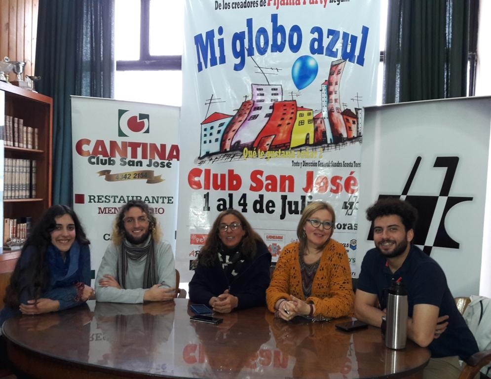 Florencia Travieso, Juan Pablo Silva, Sandra Acosta Torrado, Rosario Viera y Guillermo Basino - copia