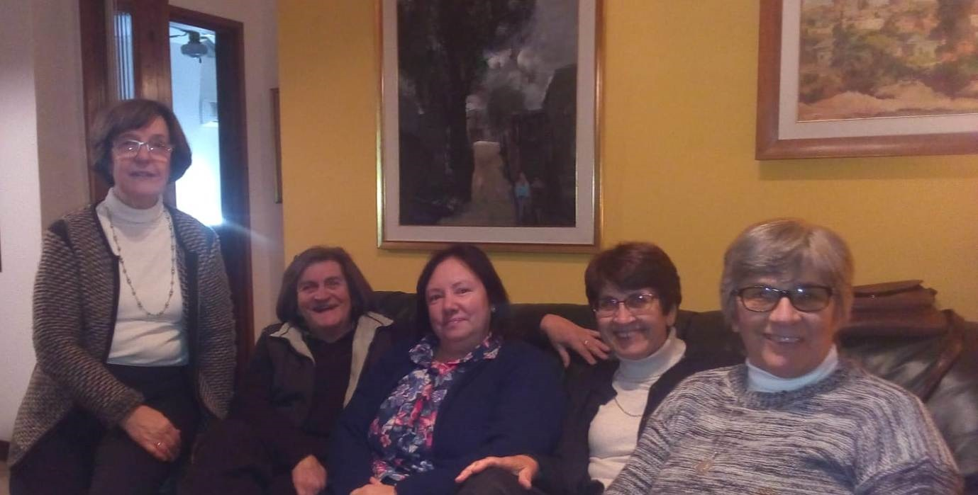 Edhy Saavedra, Annabella Alza, Cristina Machín, Alma Corujo y Adriana Viña- Directiva del ICE - copia