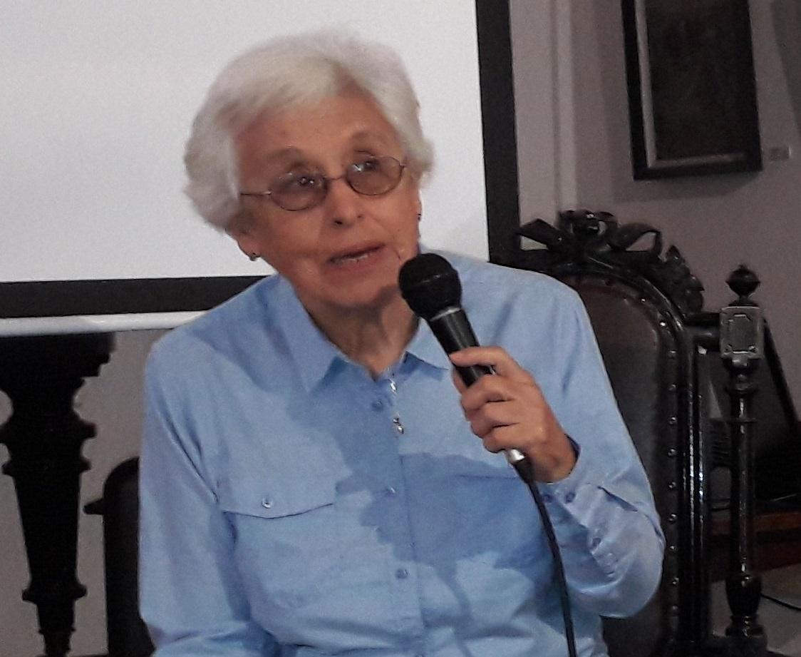 Profesora Mirtana López en el Museo (foto de archivo)