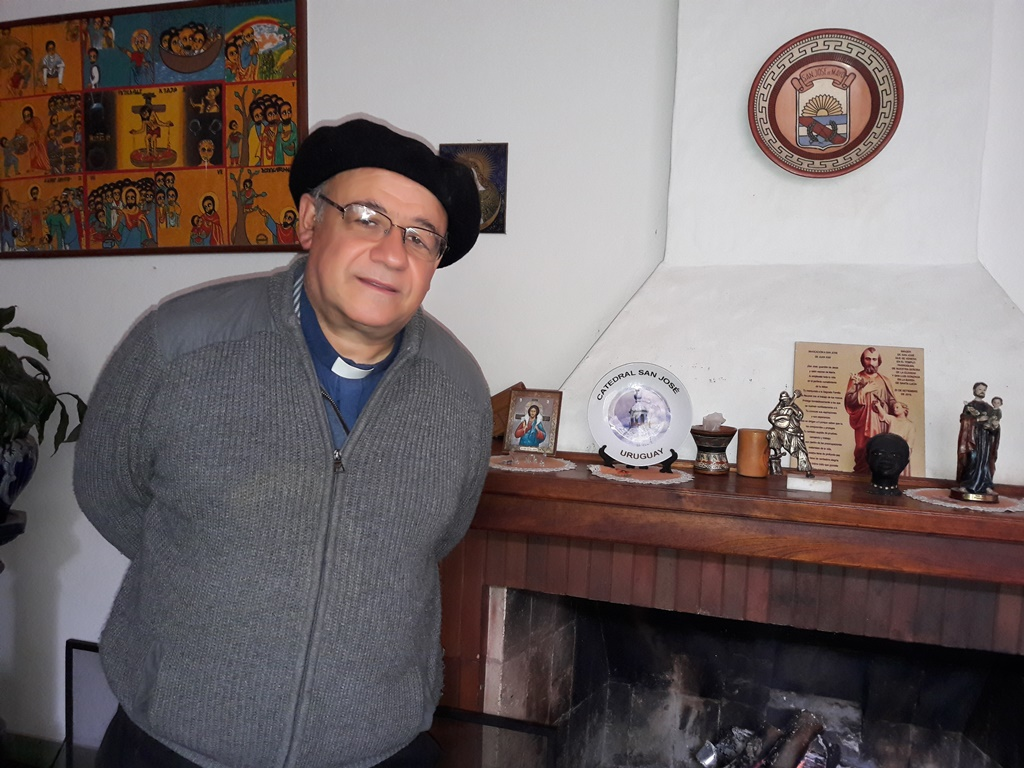Monseñor Arturo Fajardo Bustamante en el Obispado de San José