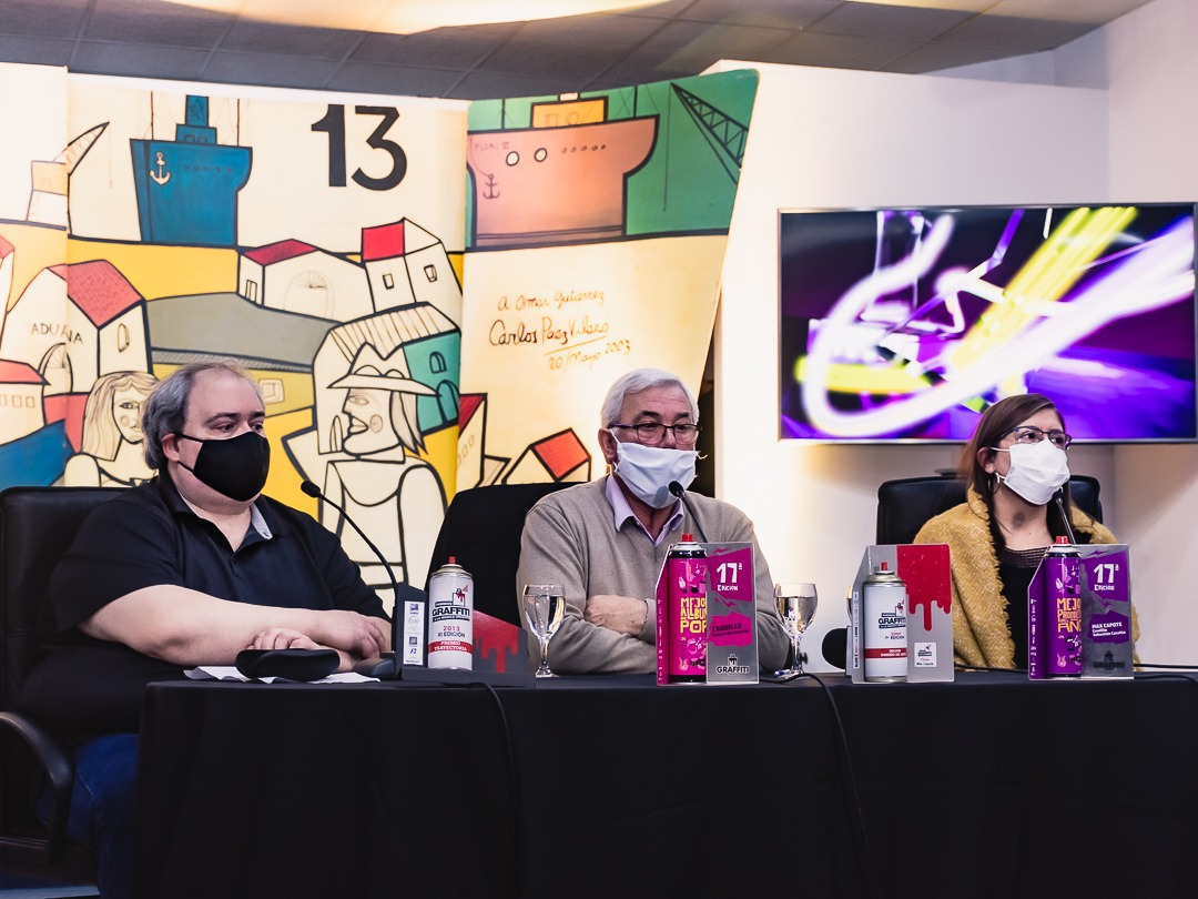Miguel Olivencia, Intendente Pedro Bidegain, y Analía Vitette en el Espacio Cultural San José (foto-Agustín Colla)