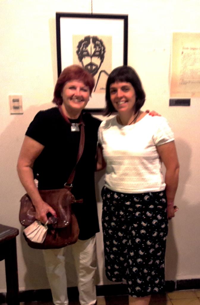 Ángeles Martínez y Valeria Lluviera en la Sala Horacio Delgado del Museo - copia (2)